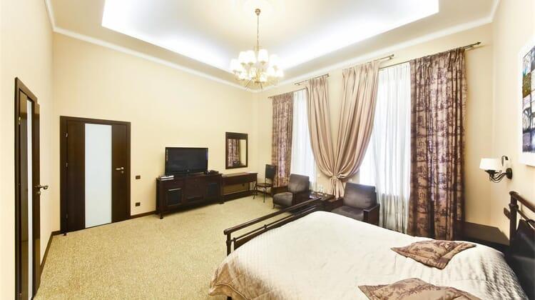 Frapolli Hotel