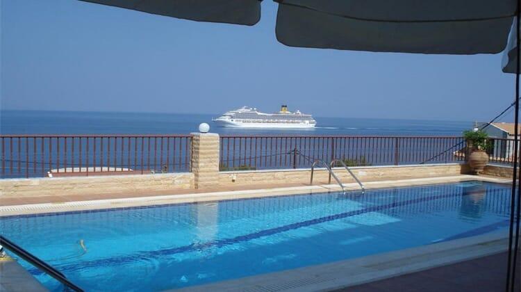 Anastazia Hotel