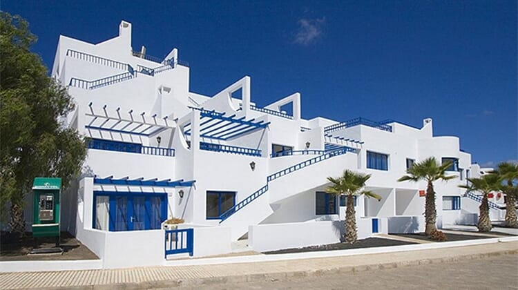 Club Pocillos Apartments
