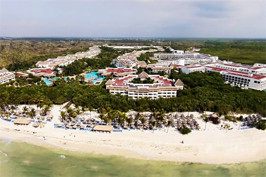 Platinum Yucatan Princess All Suites and Spa