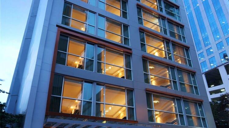 Amora NeoLuxe Hotel