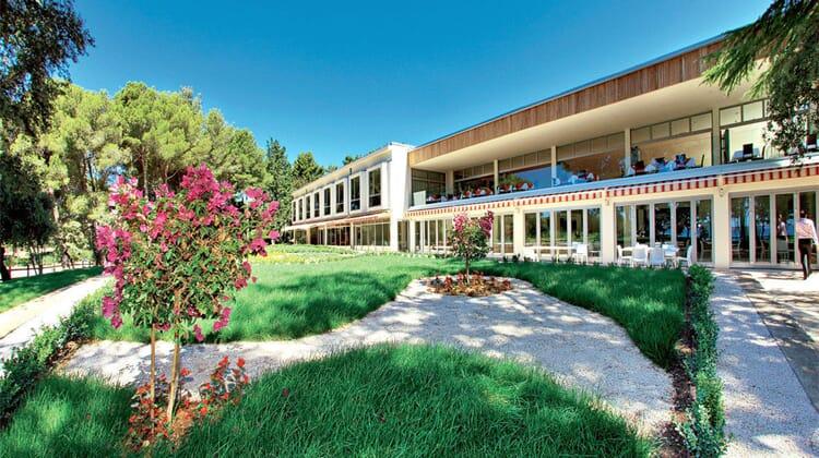 Crvena Luka Apartment & Villas