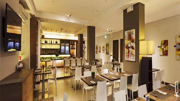 Microtel Inn & Suites by Wyndham Acropolis