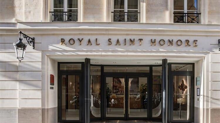 Royal Saint Honore Paris Louvre