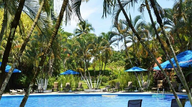 Hotel Villas Rio Mar