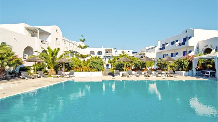 Mediterranean White (ex Mediterranean Royal Hotel)