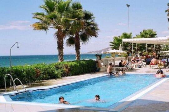 Hotel Perla Marina