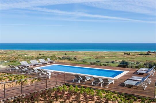 Palmares Beach House Hotel