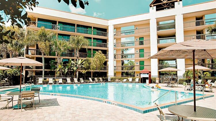 Clarion Lake Buena Vista, A Rosen Hotel