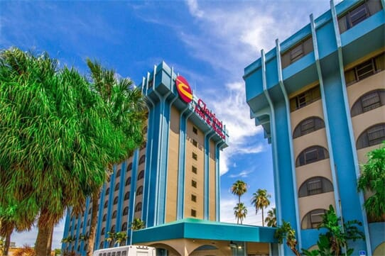 Clarion Inn and Suites Miami Airport