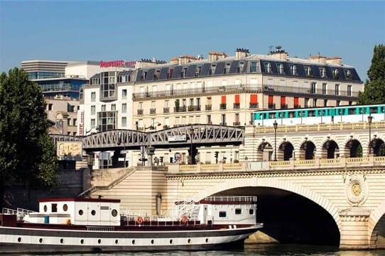 Hôtel Mercure Paris Bercy Bibliothèque