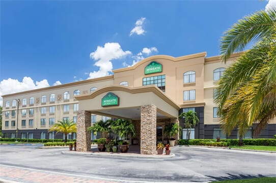 Wingate By Wyndham Convention Ctr Closest Univers