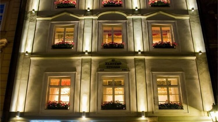 Hotel U Zlatého Stromu